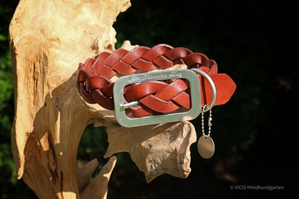 Designed By Lotte Halsband