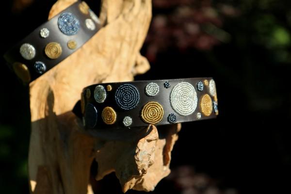 Metallic Dots TKC Massaihalsband